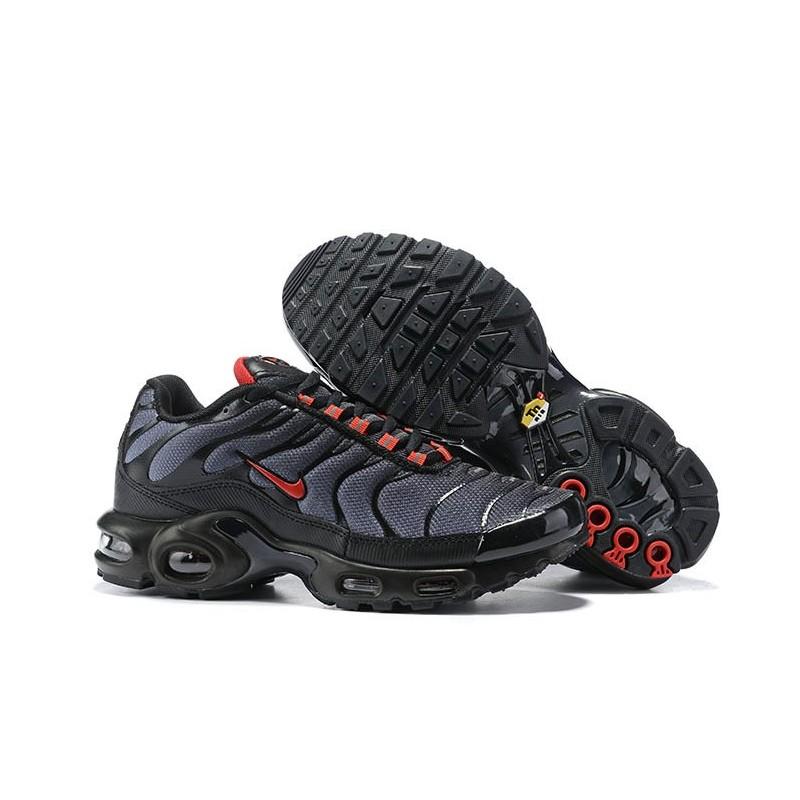 Zapatillas para Hombres Nike Air Max Plus TN Negro Rojo