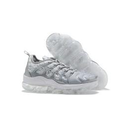 Nike Air VaporMax Plus Hombre Gris Blanco